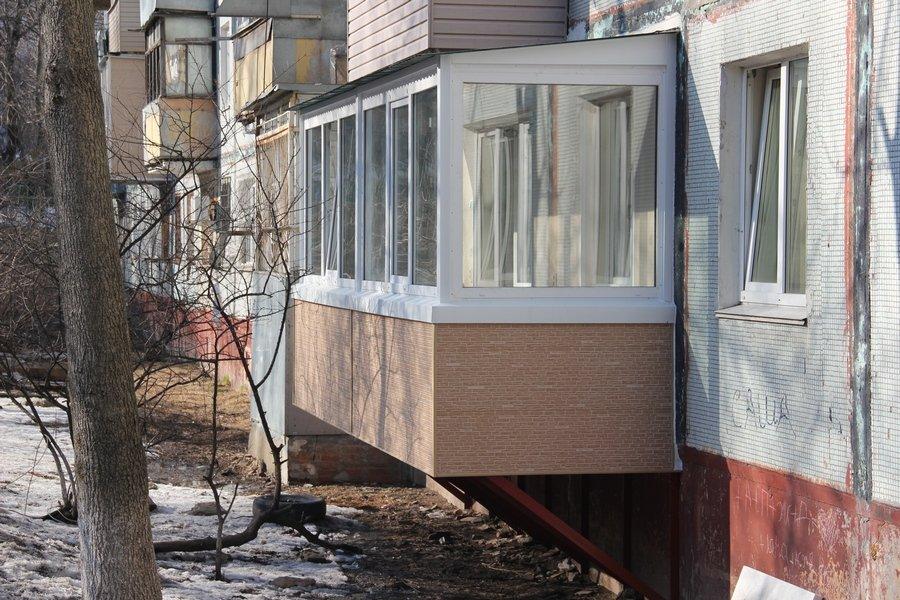 Расширение дома за счет пристройки балкона